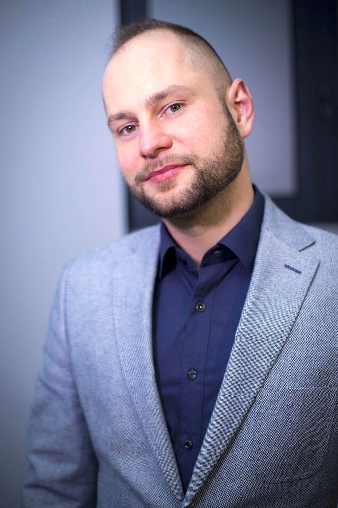 dr n. med. Adam Nowicki